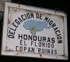 Hondurasbordersign